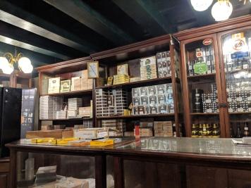 hotel conde de villanueva havana cigar shop cuban